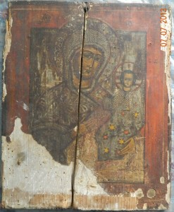 Maica Domnului cu Pruncul- Icoana secol 17- IMAGINE INAINTE DE RESTAURARE