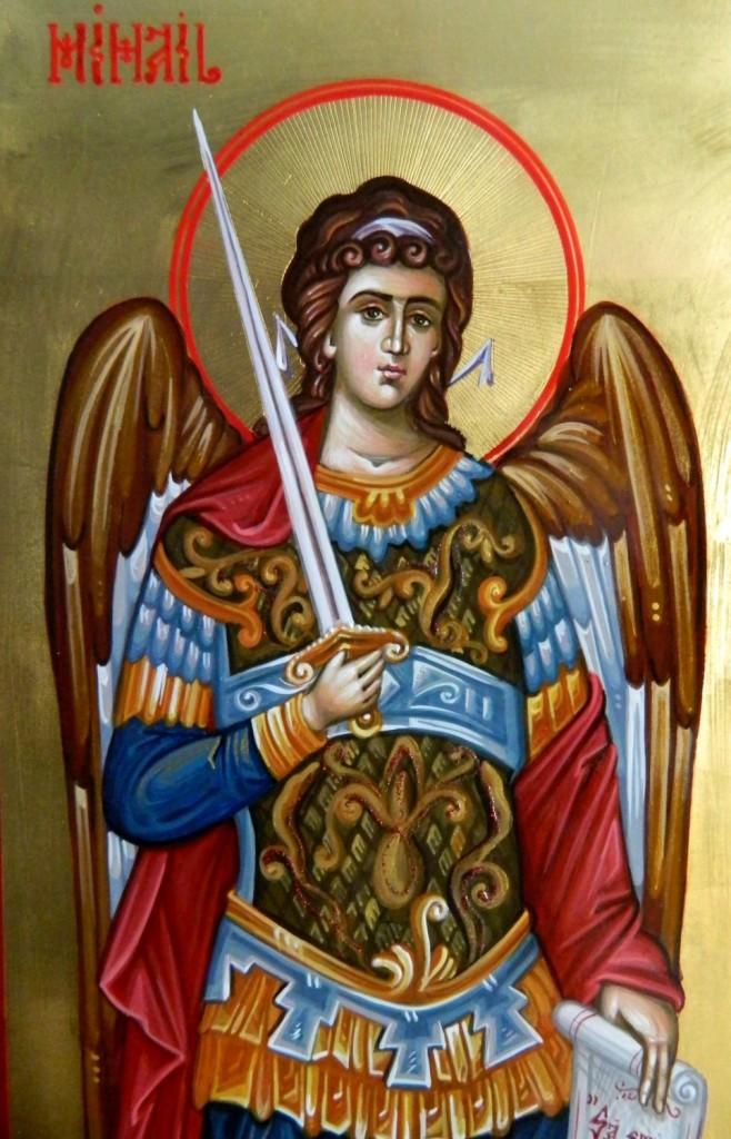 Sfintii Arhangheli Mihail si Gavriil- Detaliu-Icoana realizata pe lemn,in tehnica bizantina, cu foita de aur de 22k. Dimensiuni A3( 30 cm X42 cm)