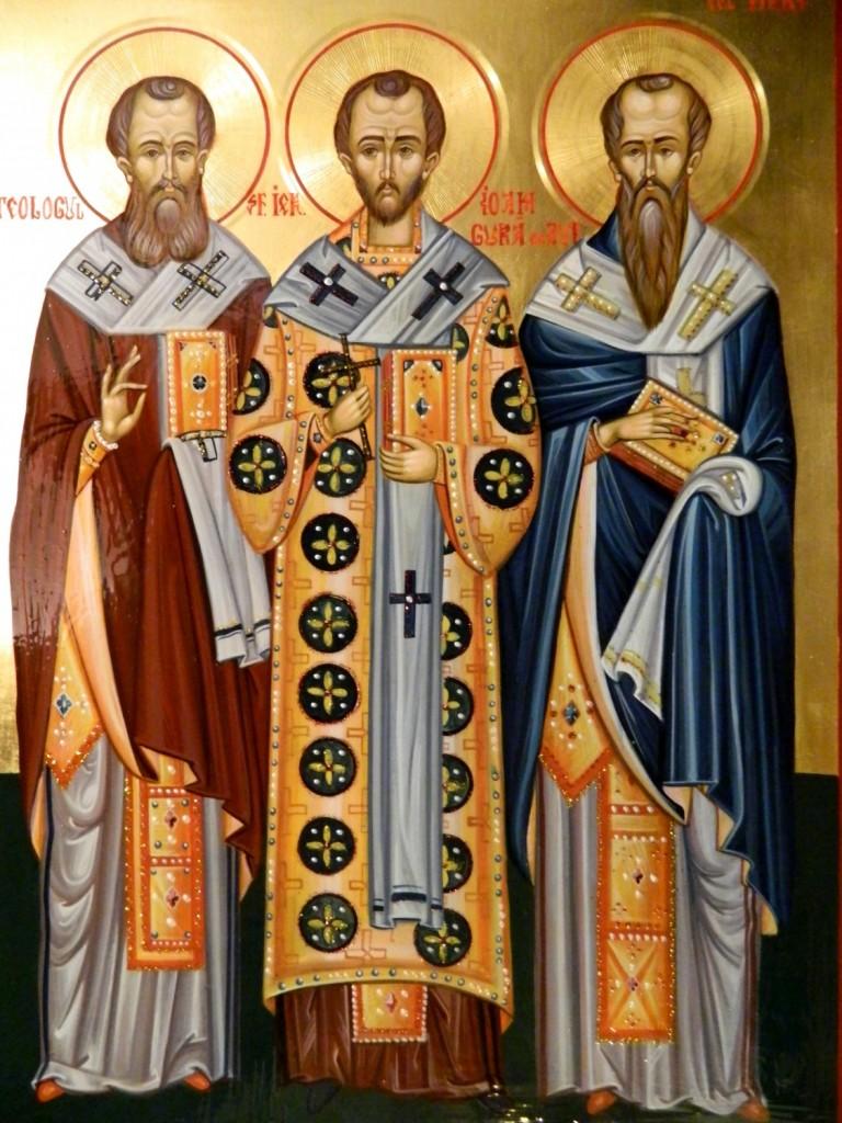Sfintii Trei Ierarhi- Vasile, Grigorie si Ioan, - Icoana pe lemn, realizata in tehnica bizantina cu foita de aur de 22k. Dimensiuni A3 ( 42X30 cm