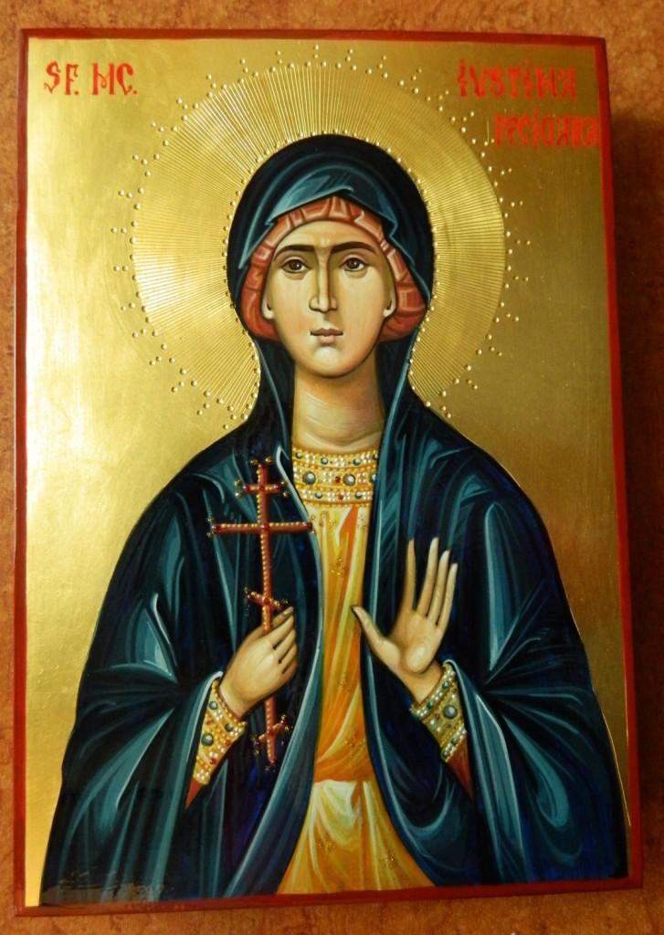 Sfanta Mucenita Iustina- Icoana realizata pe lemn, in stil bizantin, cu foita de aur de 22k.  Dimensiune 27X21cm