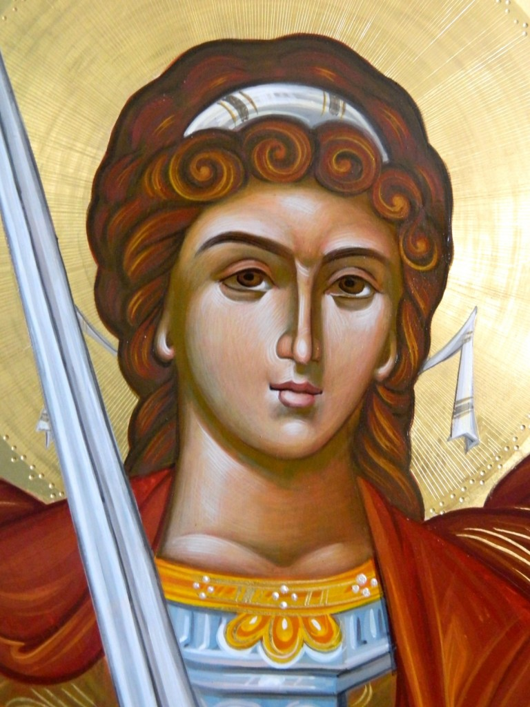 Sfintul Arhanghel Mihail -DETALIU- Usi Diaconesti- Icoane realizate pe lemn, tempera cu ou , in tehnica bizantina cu foita de aur de 22k.  Dimensiune 128 X70