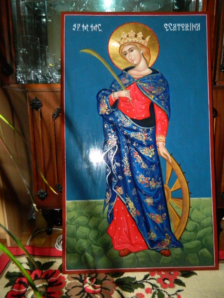 Sfanta Mare Mucenita Ecaterina, Icoana realizata pe lemn, in tehnica neobizantina, cu foita de aur de 22k, si aplicatii de pietre semipretioase. Dimensiuni 116 x68cm