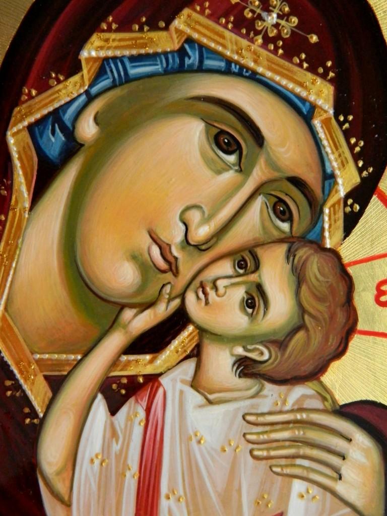 Maica Domnului Dulcea Sarutare- Icoana realizata pe lemn, in tehnica bizantina, cu foita de aur de 22k. Dimensiuni A3 (42X30 cm)