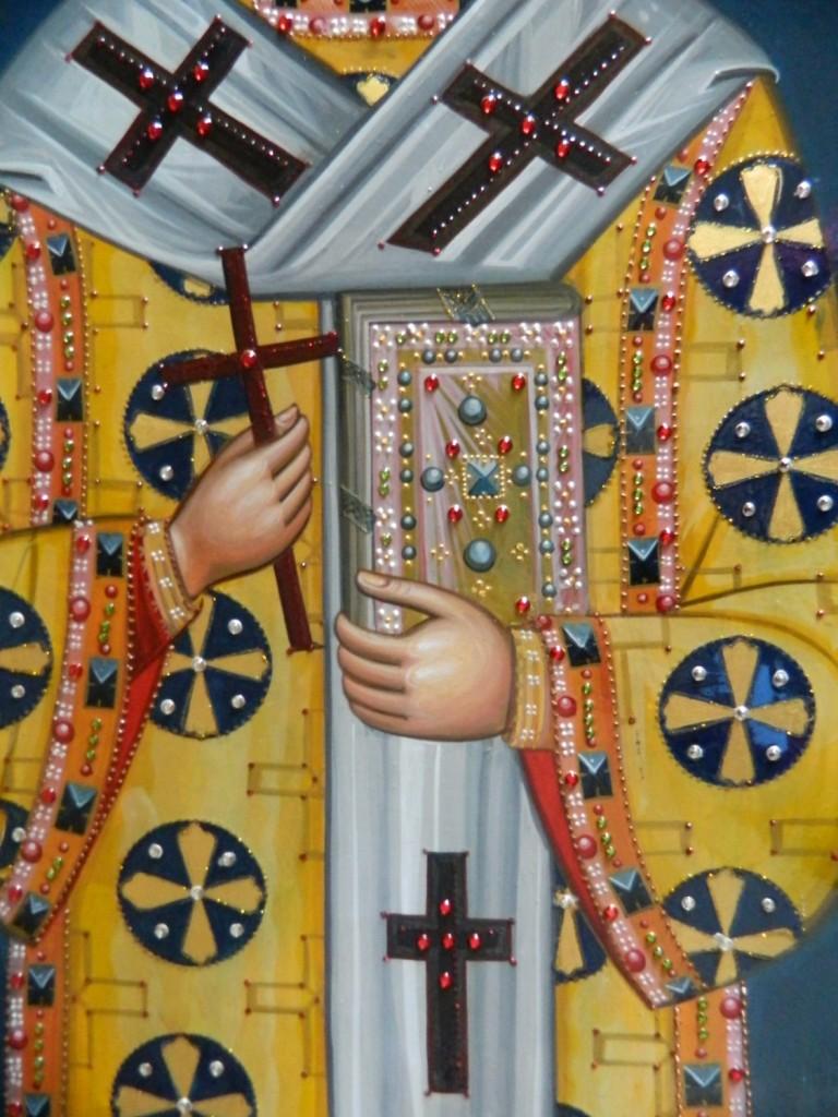 Sfantul Ioan Gura de Aur-DETALIU_ Icoana realizata pe lemn, in stil bizantin cu foita de aur de 22k, si aplicatii de pietre semipretioase. Dimensiune  116X68cm