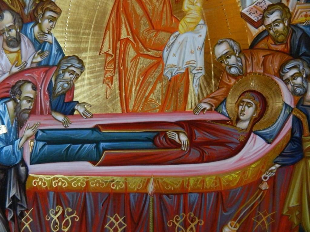 Adormirea Maicii Domnului- DETALIU_ Icoana pe lemn, realizata in tehnica bizantina cu foita de aur de 22k. Dimensiune 40 X35 cm