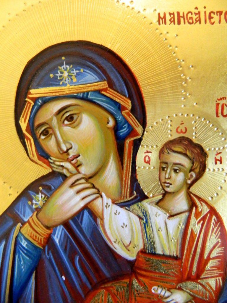 Maica Domnului Mangaietoarea-DETALIU_ Icoana realizata pe lemn, in stil bizantin cu foita de aur de 22k.  Dimensiune A5 ( 21x 15 cm )