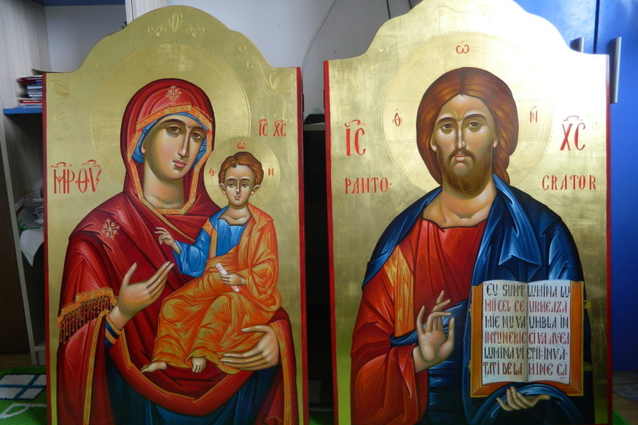 ICOANELE IMPARTESTI- Maica Domnului imparateasa cerurilor si Domnul Iisus Hristos, Imparatul Univesului!      THE GREATEST ICONS OF THE ICONOSTASIS - The Mother of the Lord, the Empress of heaven, and Jesus Christ, the Emperor of the Unives!